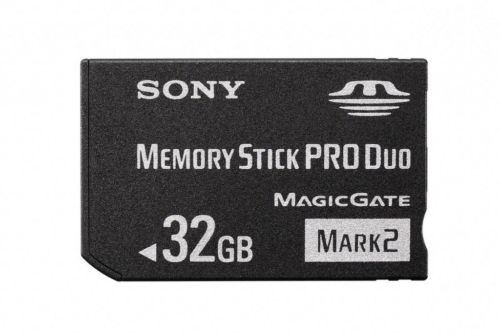 1311609-sony_memory_stick_pro_duo_32gb